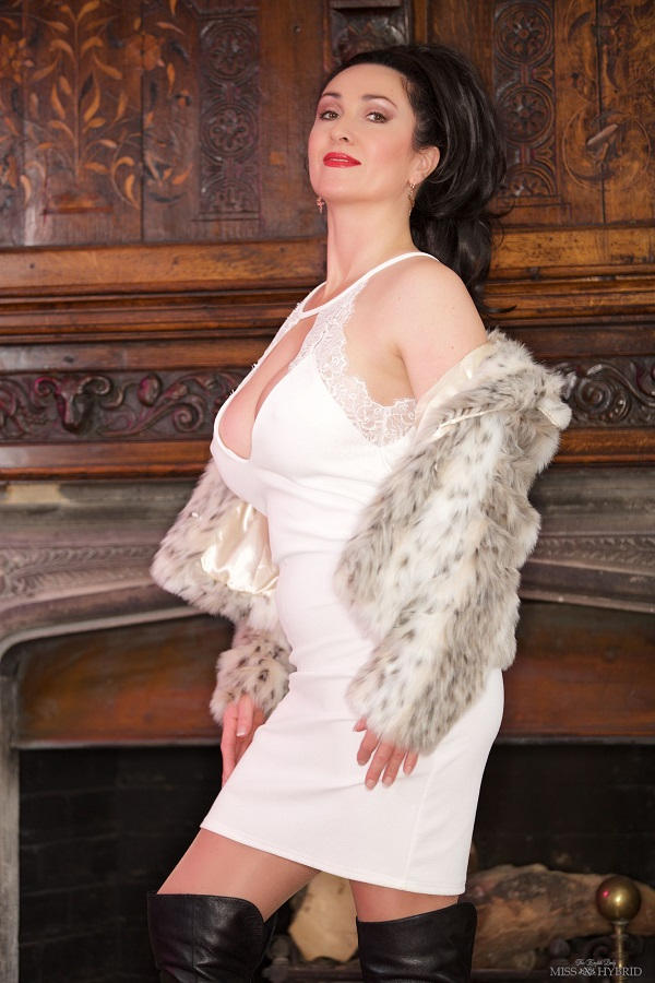 Miss Hybrid - Fur And Boots - Femdom Pictures