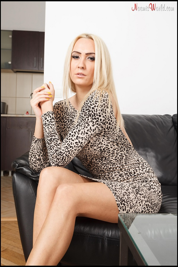 Noemi's World - Tisha - Hot blonde with long slender soles - Femdom Pictures